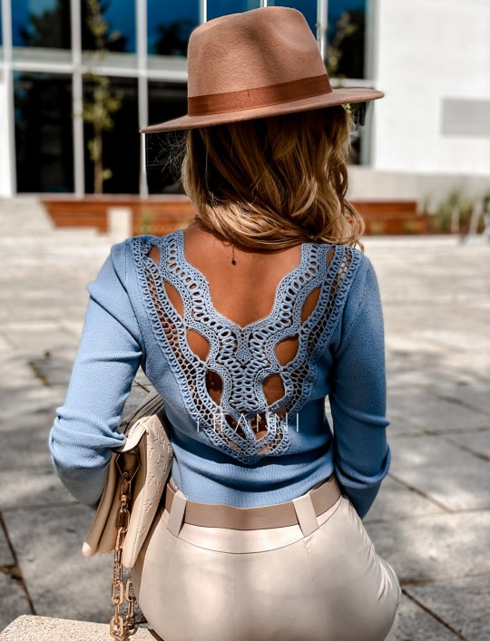 Bluzka Melis z ażurowym wzorem na plecach blue